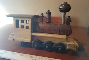 Handmade-Wooden-Train-Engine-Rail-Road-Locomotive
