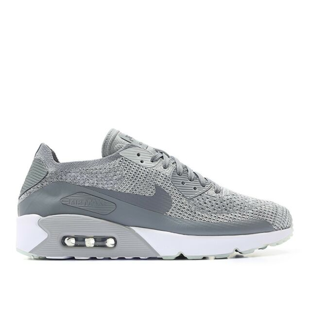 NIKE Air Max 90 Ultra 2.0 Flyknit Size 10 US Grey Mens Running Shoes