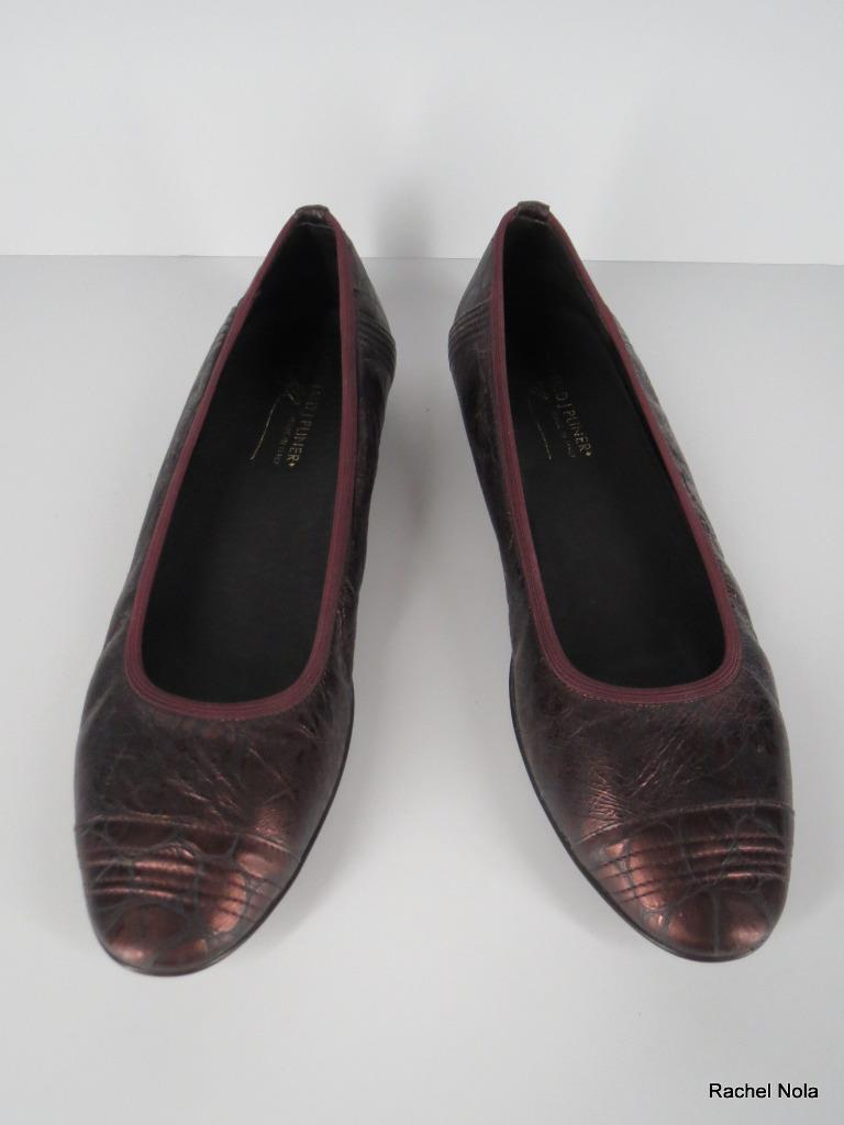 DONALD PLINER Ballet Flats 8 Metallic Burgundy Wine Leder Cap Toe Work