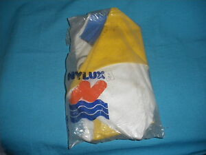 516A Antique 1 Buoy duckling Nylux Ref 821 Swimming pool Summer Holidays