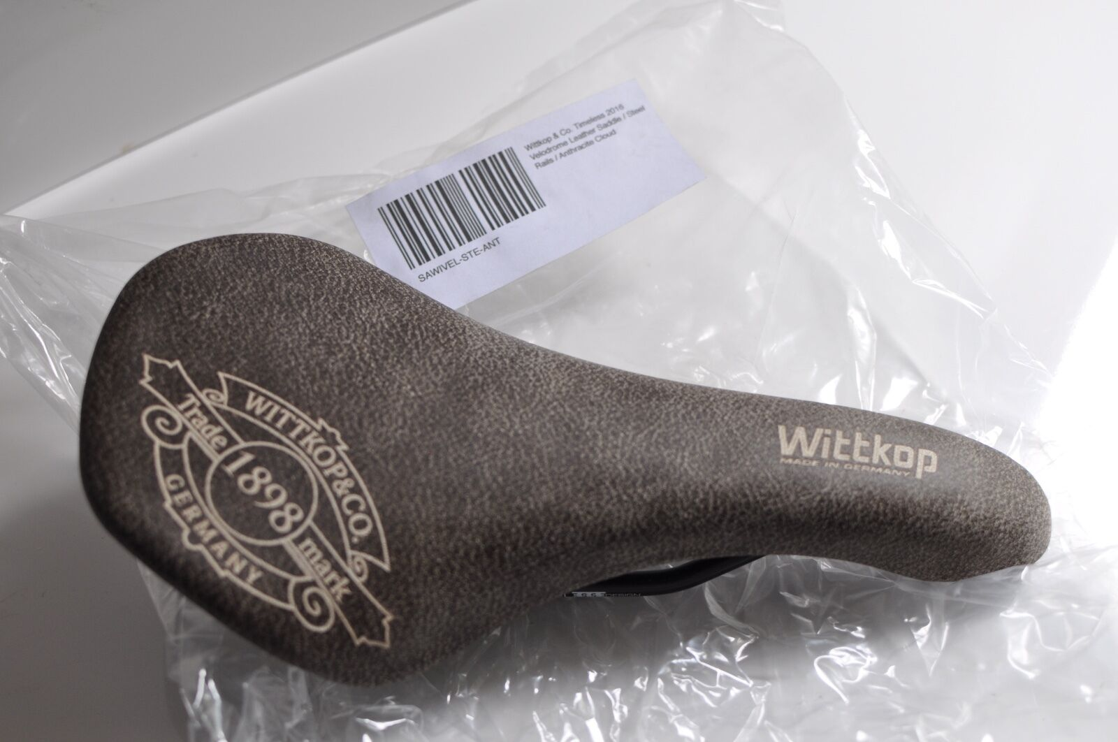 Wittkop & Co. Timeless Velodrome leather saddle anthracite cloud made in Germany