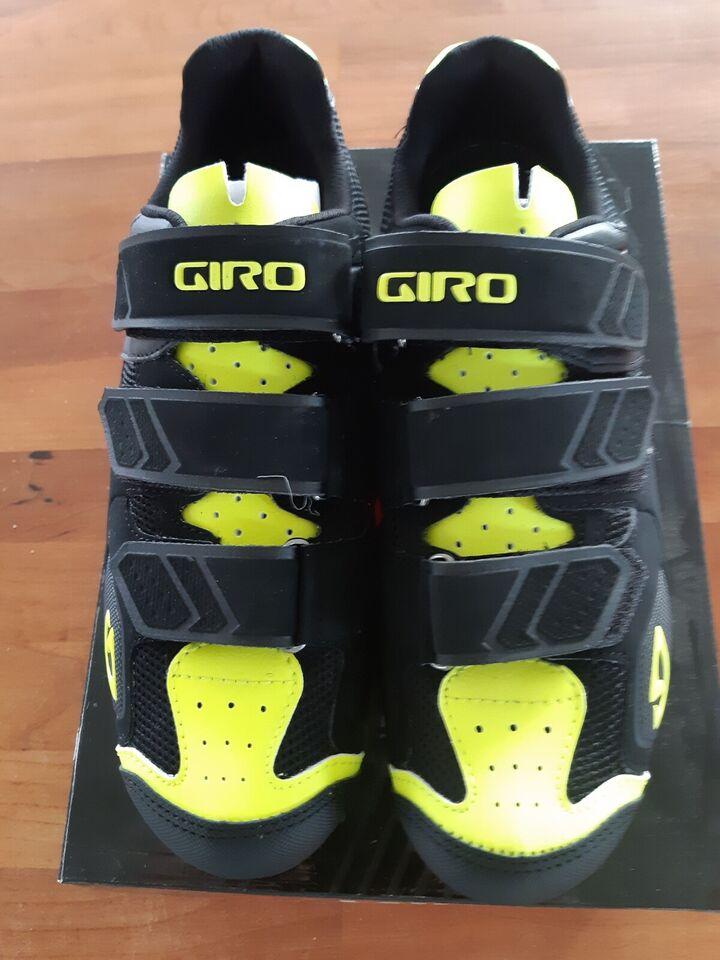 Cykelsko, Giro Carbide
