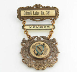 AOUW-Ancient-Order-of-United-Workers-Medal-Vintage-Collectible-Member-Badge