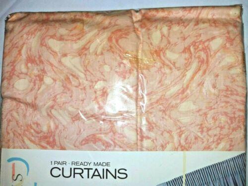 """Debenhams Waves One Pair Of Ready Made Cream /& Peach Curtains BNIB Drop 72/"""""""