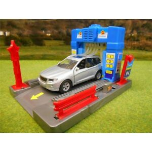 Scale 1:43 Kids Globe Garage Car Wash With Light & Sound & Diecast Car - 143