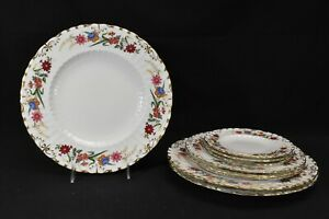 Royal-Crown-Derby-Chatsworth-Bread-amp-Butter-Salad-amp-Dinner-Plates-9-Pieces-A798