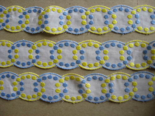 15 YDS SCALLOPED YELLOW AND BLUE DOT RAYON EMBROIDERED ON WHITE COTTON TRIM