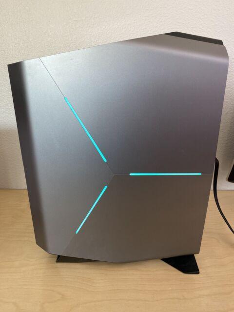 Dell Alienware Aurora R7 Desktop - 16 GB RAM - 1,000 GB HD + 256 GB SSD Core i7