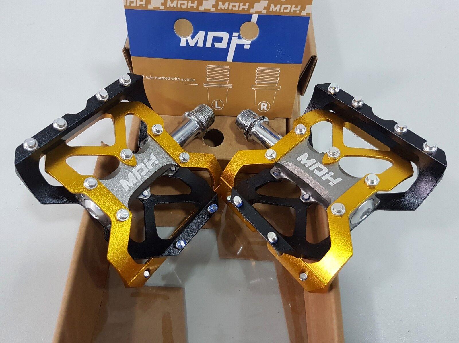 Pedal  De Bicicleta MDH PVA02 92x86x30 Cuerpo De Aluminio Cr-Mo Alex oro Negro  Hay más marcas de productos de alta calidad.