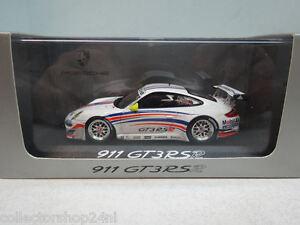 Minichamps-Porsche-911-GT3-RSR-wap02000618