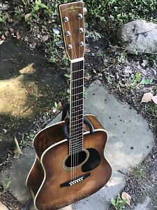 Nagoya Suzuki Three S W-30A Antique Violin Finish Guitar.