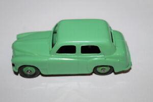 Dinky-Toys-154-Hillman-Minx-Green-Unboxed