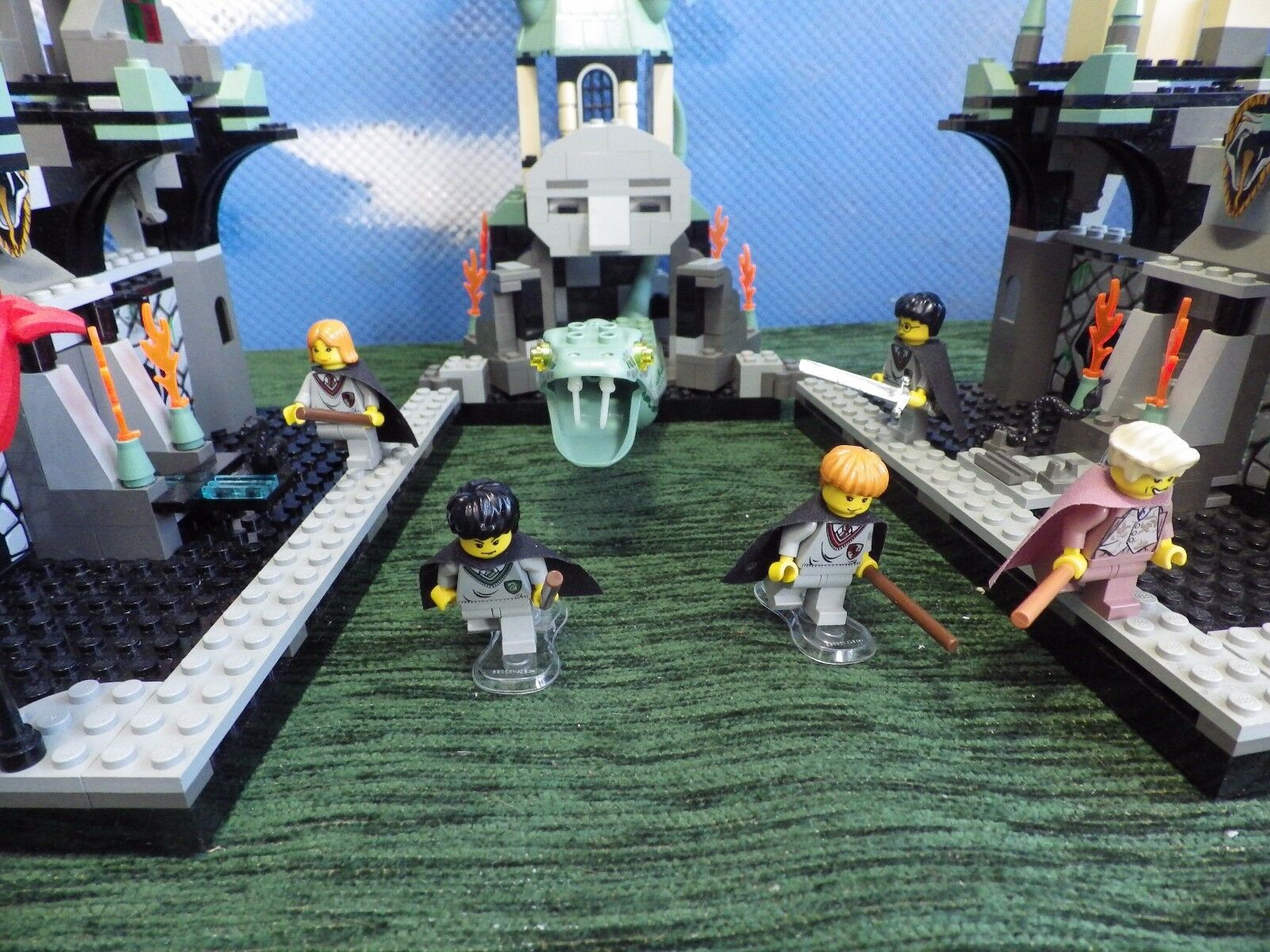 BRAND NEW SEALED BOX LEGO HARRY POTTER SET 4730 THE CHAMBER OF SECRETS