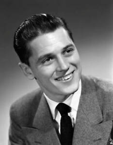OLD-CBS-RADIO-PHOTO-Portrait-Of-Cbs-Radio-Singer-Gordon-Macrae-1945-1