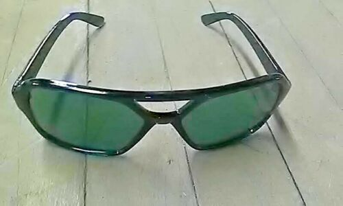 Lot of one dozen vintage 60/'s Italian Mens Sunglasses New Old Stock !