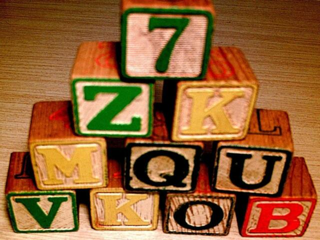 vtg lot of 20 wooden abc alphabet letter number blocks nursery toy collect craft