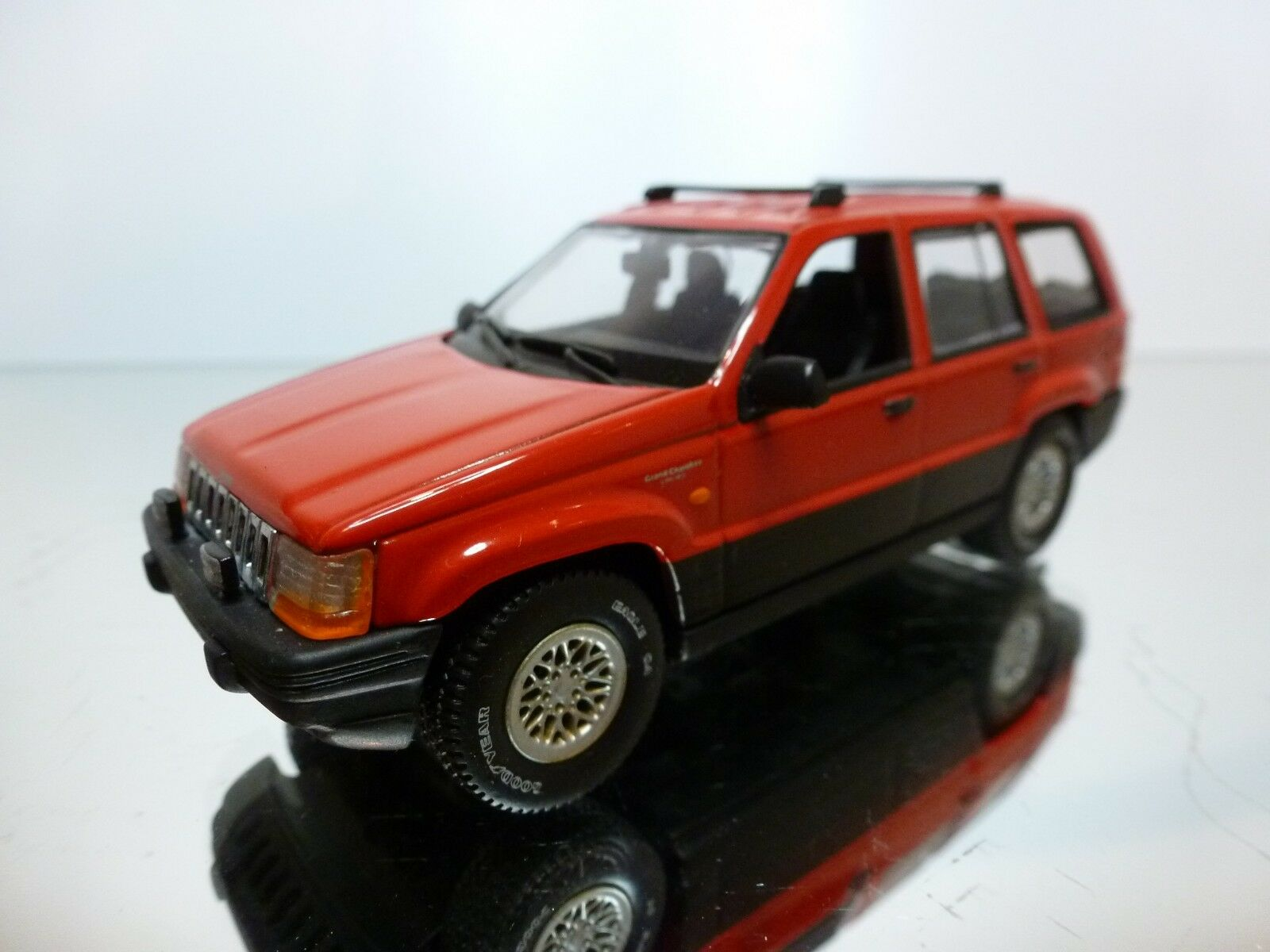 MINICHAMPS JEEP GRAND CHEROKEE LIMITED V8 - rosso 1 43 - EXCELLENT - 7