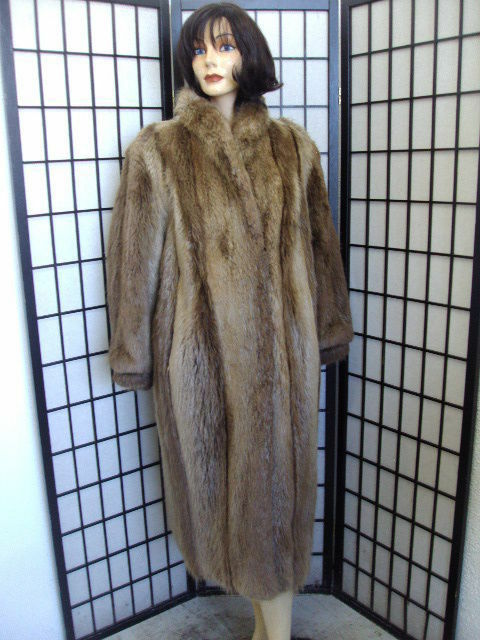 EXCELLENT BROWN LONG HAIRED BEAVER FUR COAT WOMEN SIZE 12 LARGE