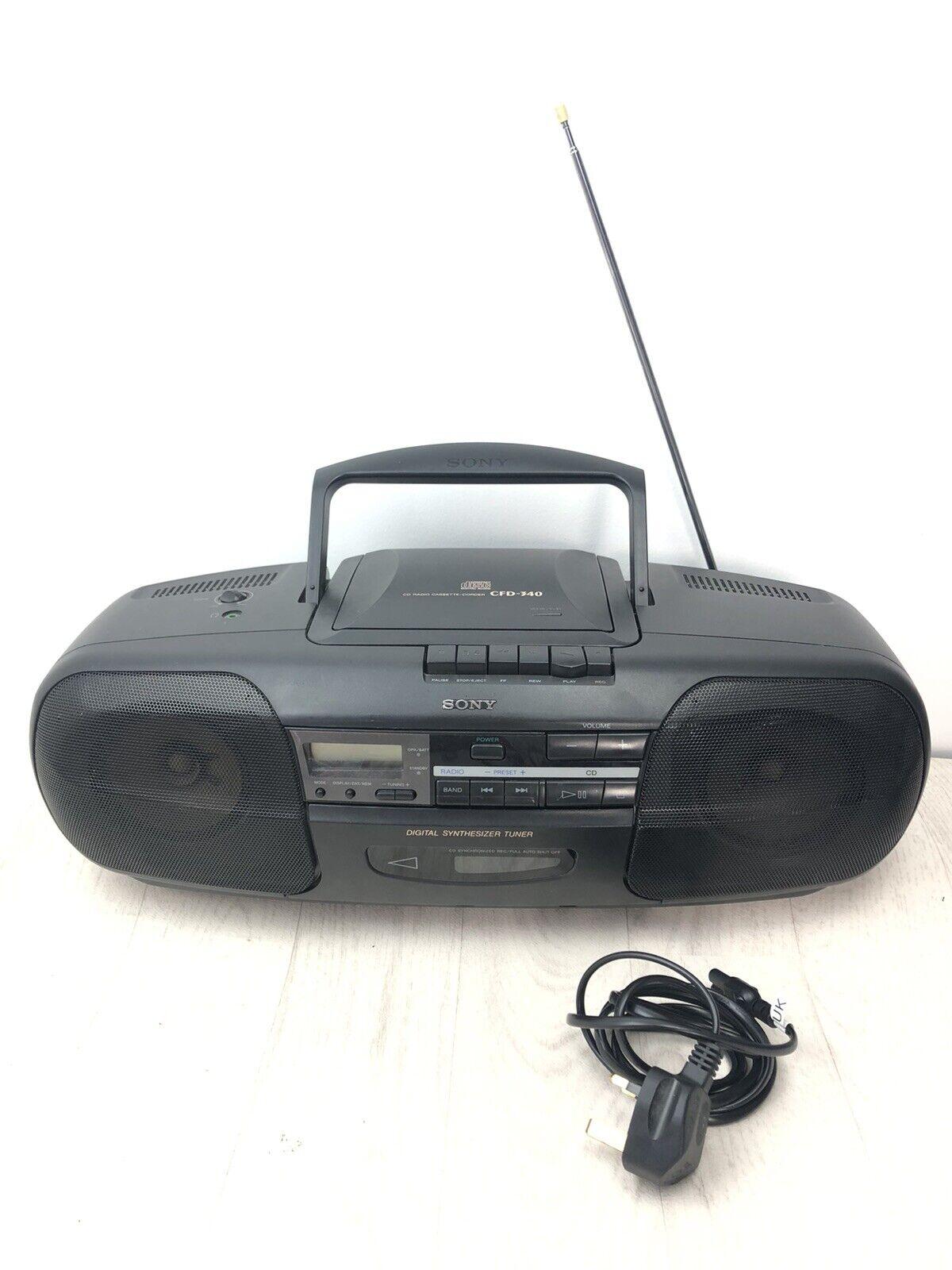 Sony CFD-340 Boombox GhettoBlaster CD Tape Player Radio Stereo Retro Read Descri