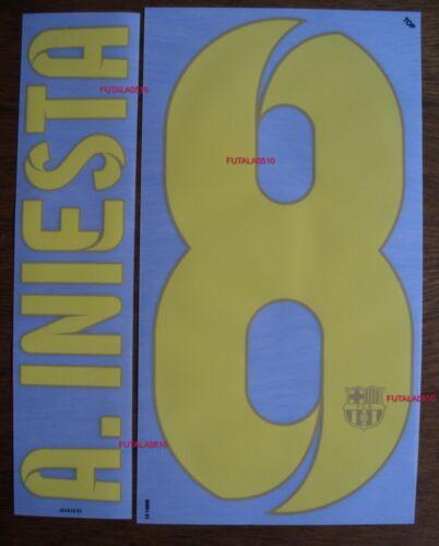 A. INIESTA # 8 Barcelona FC Home 201314 Official Name Set Sipesa