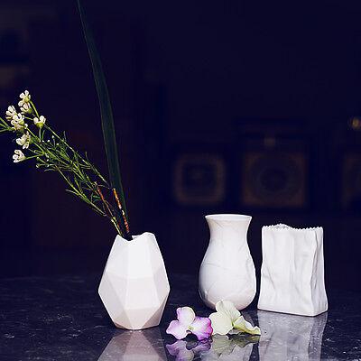 Small White Porcelain Vase Table Top Matte Ceramic Vase Flower Vase Decoration