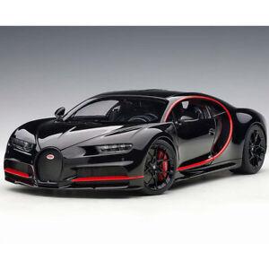 Red Accents 1//18 Autoart Bugatti Chiron 2017 Nocturne Black