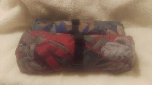 """Dog Coat sizes 6/""""-18/"""" WATERPROOF   in Red or Blue foliage mac fabric  NEW"""