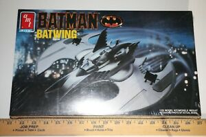AMT-Batman-Batwing-1-25-scale-Model-Kit-New-in-Box-ships-from-USA