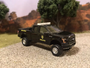 2015 Ford F-150 Custom Lifted 4x4 Farm Truck 1/64 Diecast 4WD Off Road