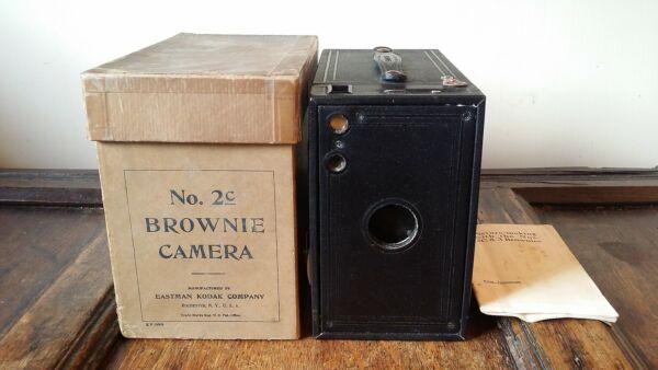 1926 Antique Kodak Modèle 2 C Un Brownie Camera Dans Boîte D'origine Avec Instructions Une Grande VariéTé De Marchandises