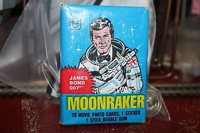 Unopened Pack MOONRAKER James Bond 007 Movie Cards ~ Roger Moore Lois Chiles
