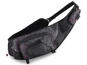 Rapala-Sling-Bag-Urban-Sac-bandouliere-Camouflage-noir