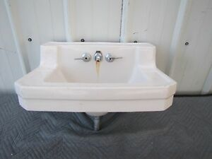 1948 Vintage Standard Ivory Porcelain Bathroom Bath Sink ...