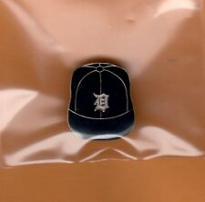 OLD 1970's DETROIT TIGERS BASEBALL CAP HAT LAPEL PIN Unsold Stock