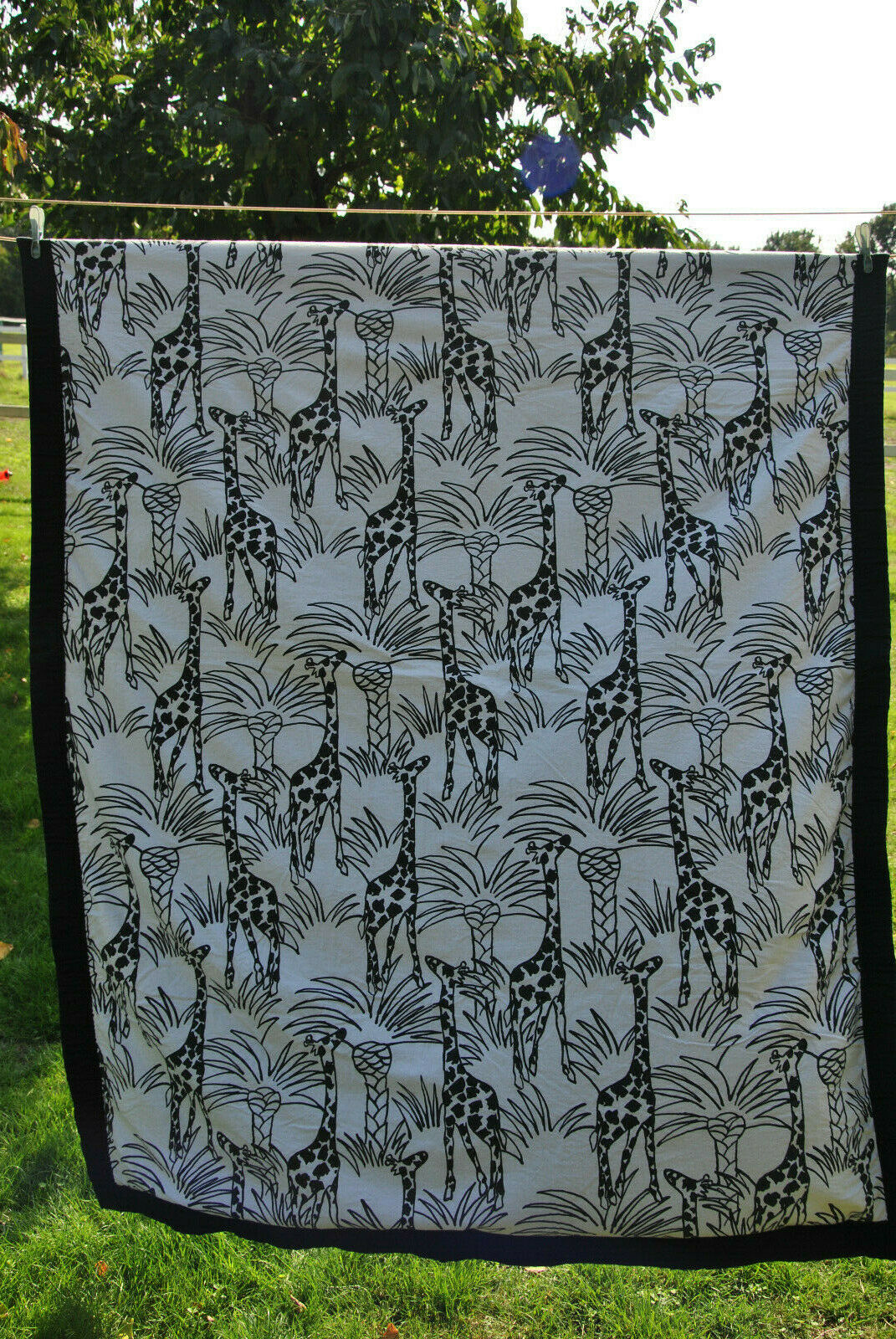 Biederlack Überwurf Decke Giraffen Safari Optik 145 x 195 schwarz weiß