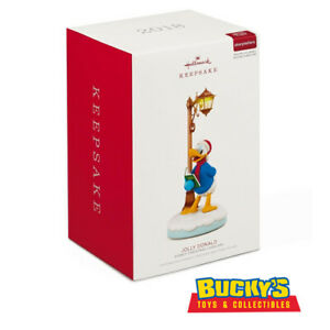 Disney-Christmas-Carolers-Jolly-Donald-Musical-2018-Hallmark-Ornament-Mickey