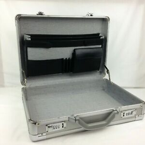 Metal-Aluminum-Hard-Briefcase-Silver-Password-Lock-Office-Organizer-Laptop-Case