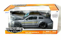 Jada 2006 Ford Mustang Gt Grey With Yellow Stripes 1/24 Diecast Car 90658