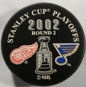 2002 STANLEY CUP PLAYOFFS NHL DETROIT RED WINGS VS ST. LOUIS BLUES  PUCK WORLD