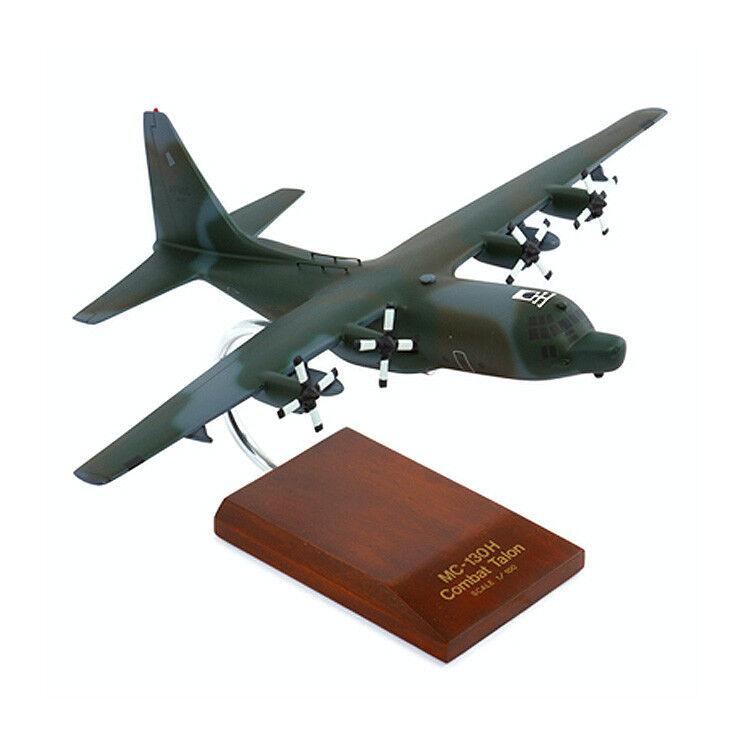 Modelo de escritorio MC - 130H de torre de combate II 1   100 madera