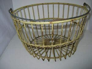 Antique Vintage Farmhouse Yellow Coated Metal Wire Gathering Egg Basket Large A