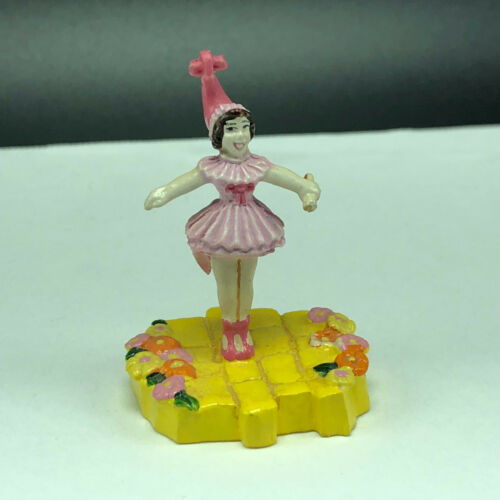 1999 TEC WIZARD OZ PUZZLE FIGURINE miniature yellow brick road lullaby girl tutu