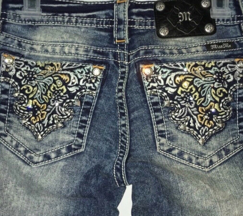 Pre owned Women's Miss me jeans size 26