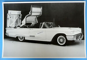 1958-Thunderbird-Convertible-T-Bird-Top-1-2-Way-12-X-18-034-Black-amp-White-Picture