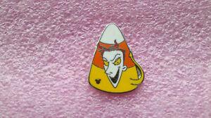 Disney-Collectible-Pin-DLR-2010-Nightmare-Before-Christmas-Hidden-Mickey-Lock