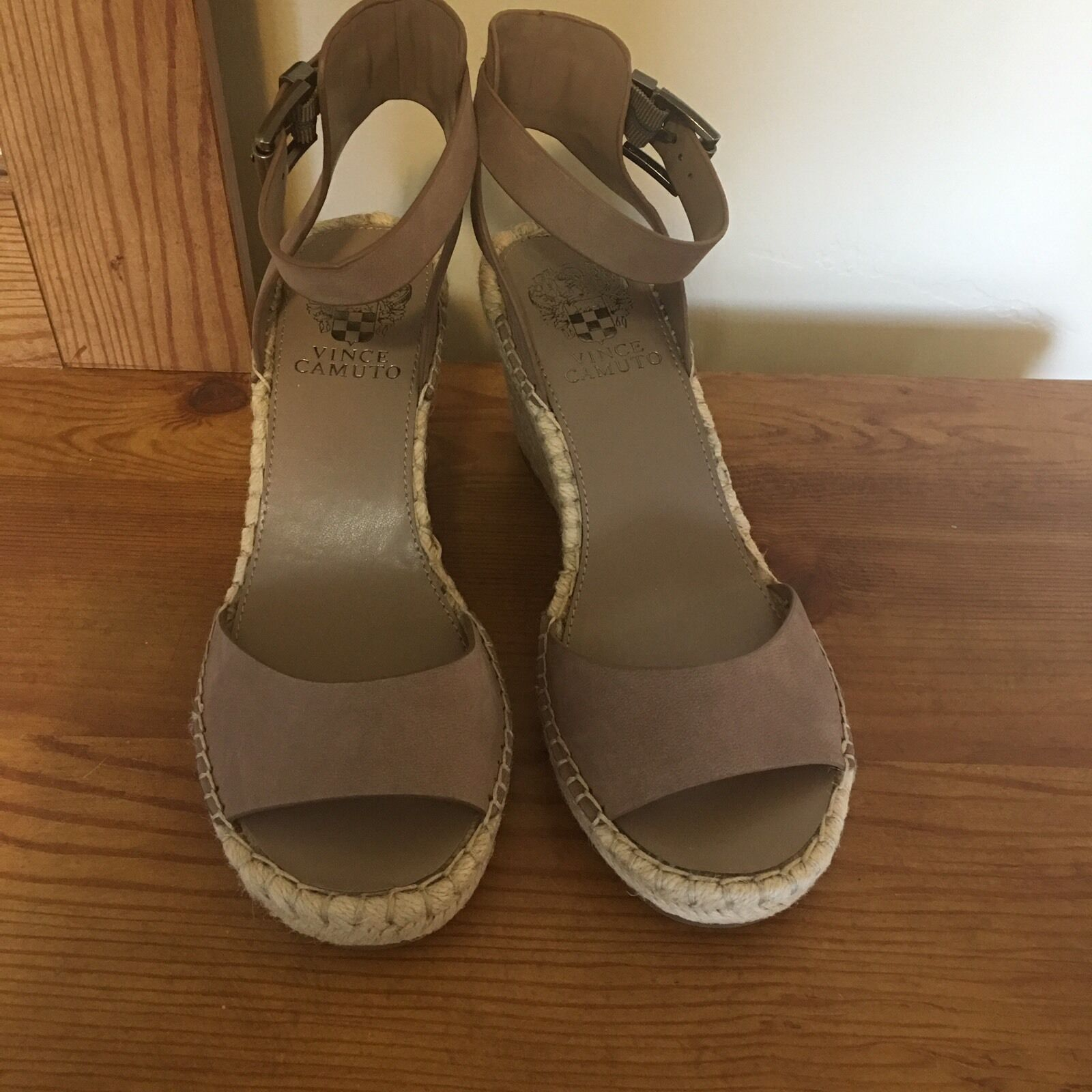 Vince Camuto Tagger Espadrille Leather Wedge Open 10 Toe Taupe Sandal Heel 10 Open M c07b77