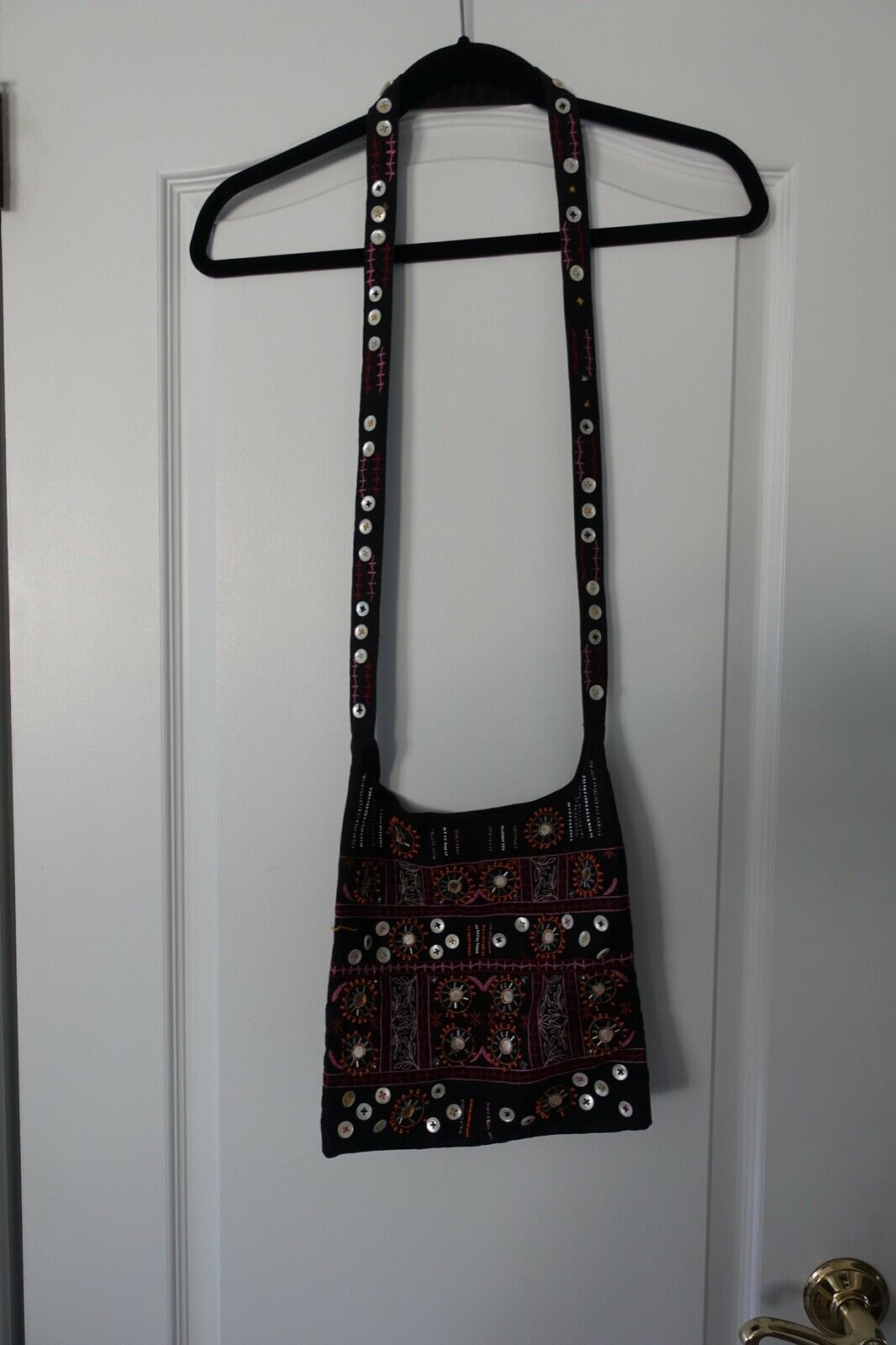 VNTG Hippie Boho Fabric India Gap Embroidered Beaded Mirrors Buttons Crossbody