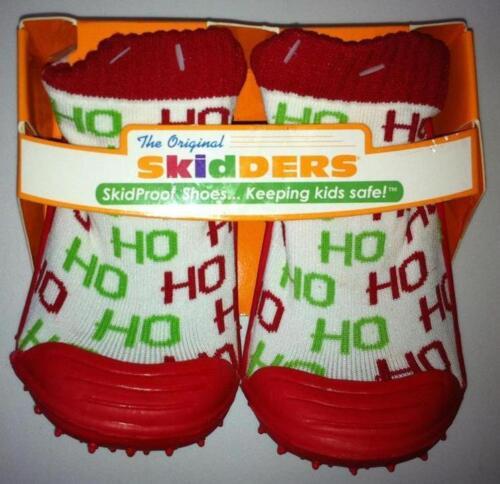 NWT SKIDDERS SKIDPROOF SLIP ON SHOE SOCKS CHRISTMAS HO HO size 8 or 24 months