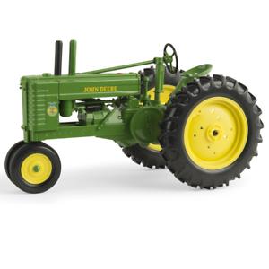Ertl 1 16 Scale John Deere Style    A  Tractor w  FFA Logo LP64438   45545 35fa51