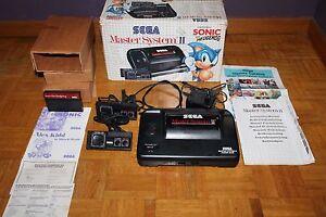 Master-System-II-Sega-Consola-Caja-Instrucciones-Juego-Sonic-2-Mandos-y-Cables